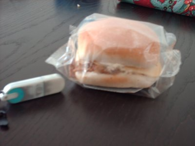 comparaison du burger a une cle usb