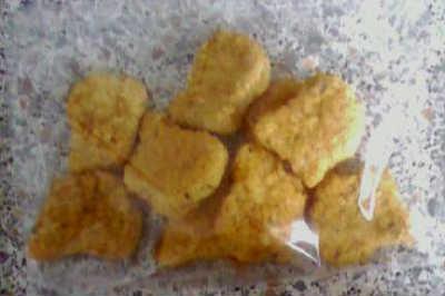 Les nuggets dans leur emballage plastique !